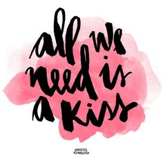 """""""Tudo que precisamos é um beijo"""" Arte: Vanessa Kinoshita"""