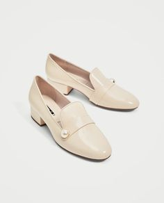 ZARA - WOMAN - FAUX PATENT LOAFERS WITH FAUX PEARL
