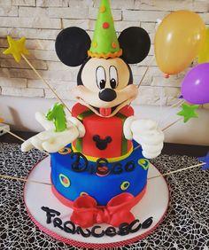 Topolino #cakeinlovers #prelibatezze #disney #michyemouse Mickey Mouse, Disney Characters, Cake, Mudpie, Baby Mouse, Cheeseburger Paradise Pie, Cakes, Tart, Pastries