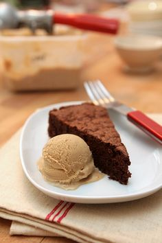 A moist, delicious chocolate cake recipe with buckwheat, a gluten-free treat from Aran Goyoaga of Small Plates & Sweet Treats