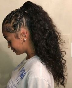 Experts present you with the greatest cuts and advice for natural hairstyles, which generally comes in numerous styles, hu… Weave Ponytail Hairstyles, Pretty Hairstyles, Girl Hairstyles, Black Hairstyles, Curly Ponytail, Birthday Hairstyles, Ponytail Styles, School Hairstyles, Short Hairstyle