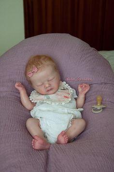 Reborn Baby Dolls Twins, Newborn Baby Dolls, Reborn Dolls, Baby Boy Doll Clothes, Real Life Baby Dolls, Silicone Reborn Babies, Baby Skin, Laura Lee, Beautiful Dolls