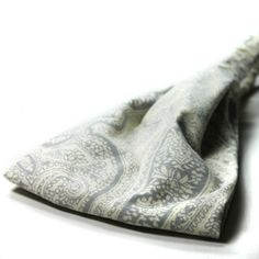 Awesome gray, paisley, wide headband. Elastic in back to keep in place. http://www.etsy.com/listing/161887529/headscarf-headband-gray-paisley-hair