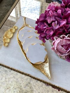 Faux Stone Veneer, Marble Candle, Shabby Chic Interiors, Marble Coasters, Small Apartment Decorating, Gold Paint, Gold Leaf, Dishwasher, Humble Abode