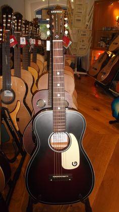 Bom dia! Guitarras acústicas e elétricas Gretsch, encontra no Salão Musical de Lisboa. Consulte o nosso site www.salaomusical.com