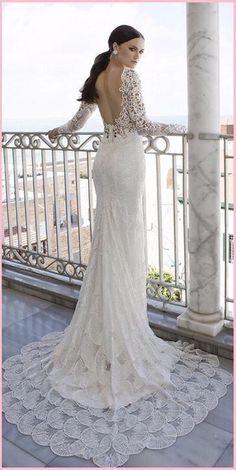 Sexy Bohemian trouwjurk van kant met diepe V hals & open rug