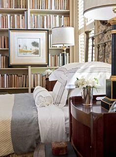 beautiful bedroom bookshelves