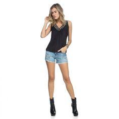 Muito Amor!!   Short Jeans Efeito Puído  COMPRE AGORA!  http://imaginariodamulher.com.br/look/?go=2c4e7kE  #comprinhas #modafeminina#modafashion  #tendencia #modaonline #moda #instamoda #lookfashion #blogdemoda #imaginariodamulher