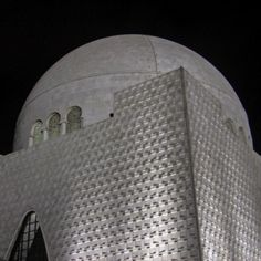 In Awe of this magnificent structure. Quaid Mazar #karachi #wikilovesmonuments