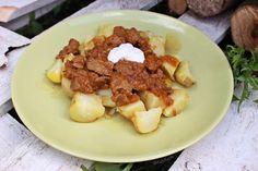 Štíhlý guláš s bramborami