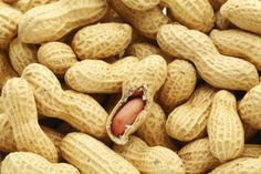 How to Cook Boiled Peanuts in a Pressure Cooker