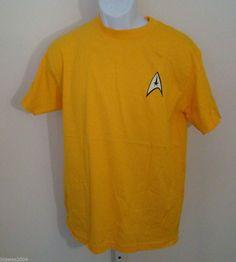 Star Trek The Origianal Series Command Yellow T-Shirt Medium