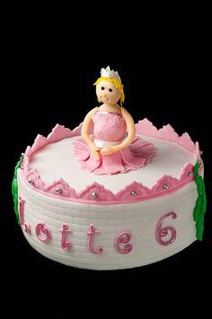 Prinses in kasteel taart