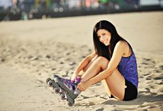 5 Fun Outdoor Workouts that Blast Calories // Inline Skating You Fitness, Fitness Goals, Fitness Tips, Outdoor Workouts, Fun Workouts, Inline Skating, Natural Beauty Tips, Roller Skating, Outdoor Fun