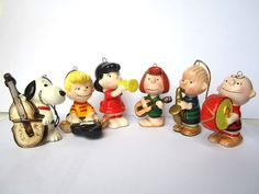 SNOOPY PEANUTS CHARLIE BROWN VINTAGE CERAMIC ORNAMENT 6 LOT LUCY SCHROIDER PATTY