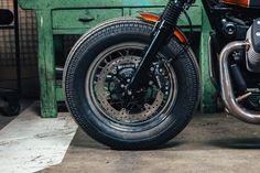 Lady Bobber by Officine Sbrannetti   #LordOfTheBikes #MotoGuzziV7 #officine #custom #bike #SkyUno #CustomBike #ladybike