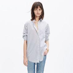 An oversized button-down shirt with genius side insets. In a menswear-inspired shirting stripe, it pairs perfectly with slim jeans or a denim skirt. <ul><li>Oversized fit.</li><li>Cotton.</li><li>Machine wash.</li><li>Import.</li></ul>