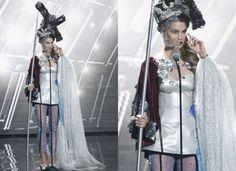 El Quijote Miss Hiszpanii  Zdjęcie numer 10 w galerii - Miss Universe. Stroje narodowe kandydatek to DZIEŁA SZTUKI. Największy szok? Miss Hiszpanii. Przebrała się za...