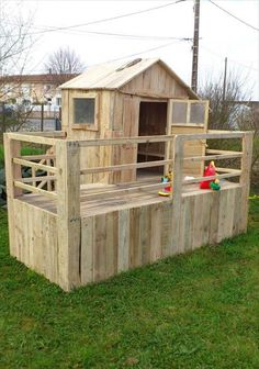 Pallet Playhouses for Kids Creativity & Health Boost | 101 Pallet Ideas