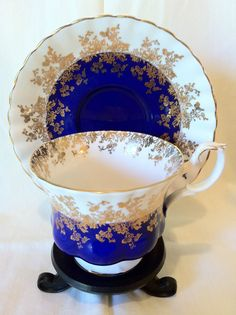 Royal Albert REGAL SERIES COBALT BLUE AND GOLD Tea Cup & Saucer Bone China | eBay