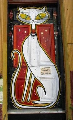 Cat door, Valparaiso, Chile