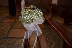 Una BODA de temática GATUNA. 31.8.13 Zona: Iglesia. Ramilletes bancos con PANICULATA! Sencillo y elegante.