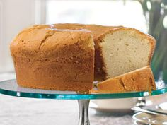 Nothing beats the rich, buttery flavor of a homemade pound cake recipe. Try our classic pound cake recipe or more flavorful pound cake recipes with fruits, spices, and nuts. You're bound to find a few new favorite pound cake recipes! Homemade Pound Cake, Pound Cake Recipes, Pound Cakes, Sweetie Pies Recipes, Classic Pound Cake Recipe, Best Pound Cake Recipe Ever, Million Dollar Pound Cake, Just Desserts, Dessert Recipes