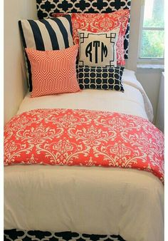 Single bed...quilt...and pillows