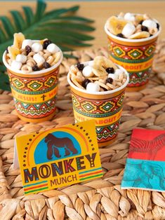 Take off into the jungle with these VBS snack ideas. Not only will these snacks satisfy hungry students they will drive home the safari theme! Get ready for a snack time adventure! Jungle Theme Food, Jungle Snacks, Jungle Theme Parties, Safari Theme, Safari Food, Animal Themed Food, Animal Snacks, Monkey Birthday Parties, Jungle Party
