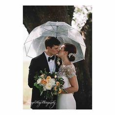 It's only fitting to post a couple who made it through the last tropical storm #irene for today's #hermine ! @jenningsking @minglecharleston @ashandcobridalhair @branchstudio @markingrambride @marchesafashion @brighidknoll @cknollsky #hitchedtohuber #joaquindowntheaisle #williamaikenhouse #jenningskingphotography #williamaikenhousewedding #charleston #chsbride #charlestonweddings #JenningsKingBride #markingramrealbride #chsweddings
