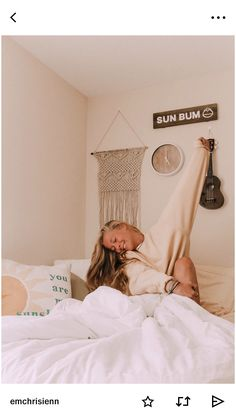 room decor 28 funny dorm room decorating ideas on a budget 4 28 Funny Dorm Room Decorating Ideas On A Budget ⋆ All About Home Decor My New Room, My Room, Bedroom Inspo, Bedroom Decor, Bedroom Ideas, Beach Room Decor, Teen Beach Room, Beachy Room, Boho Room