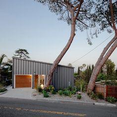 Une maison à fleur de colline à Los Angeles