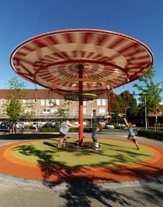 ENERGY CAROUSEL by ecosistema urbano, Dordrecht, Netherlands. 2010-2012.