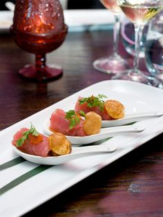 Ahi tuna Asian spoons appetizer. Yes, I like what you've done here.