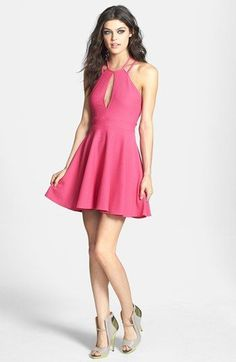 This #bachelorette #party #dress is super fun and flirty! {Nordstrom}