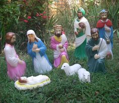 Reserved For Runninrd - Vintage Nativity Set By Empire Plastics 10 Piece Light…
