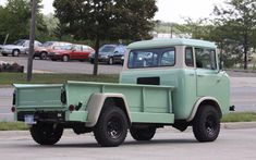 1960 Willys Jeep FC-170= Like the longbed