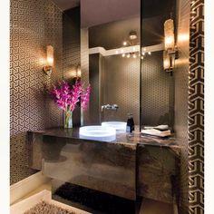 Some modern luxury bathroom design ideas for your home ! Bathroom Interior, Modern Bathroom, Master Bathroom, Bathroom Vanities, Brown Bathroom, Bathroom Furniture, Cream Bathroom, Bathroom Closet, Glass Bathroom