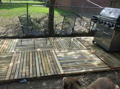 Pallet Patio Ideas With Pallet Deck I Like The Criss Cross Of The Pallets To Make It