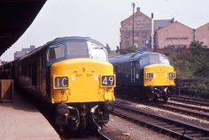 At Leicester London Road station on September 1st 1972, Ex works Class 45's No 76 and No100 'Sherwood Forrester'.  (John Evans)