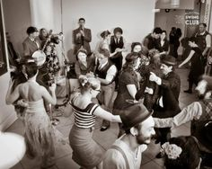Swinging and shaking in style with Electro Swing Vancouver | The Vancouver Observer