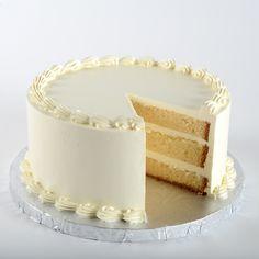 ESPONJA ELEGANTE Delicado pastel esponjoso de vainilla con crema espesa de mantequilla de vainilla