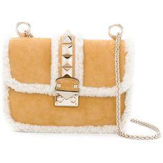 Valentino small Garavani Glam Lock shoulder bag (€2.255) via Polyvore featuring bags, handbags, shoulder bags, brown, clasp purse, shoulder hand bags, beige handbags, beige purse und valentino handbags