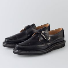 George Cox Footwear, highly imitated, yet comfortably first. Shop the original Creeper, Wedge Monk, Gibson and Popboy online. Men's Shoes, Shoe Boots, Dress Shoes, Punk Rock, African Men Fashion, Mens Fashion, Leather Shoes, Black Leather, Goodyear Welt