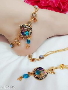 Order now via Whatsapp Rs. Checkout this hot & latest Anklets & Toe Rings Exquisite Alloy Anklet Material: Alloy Size : Free Size Description: It Has 1 Pair Of Anklet Work: Stone & Beads Work Sizes Available - Free Size Silver Anklets Designs, Anklet Designs, Necklace Designs, Gold Fashion, Fashion Jewelry, Fashion Necklace, Gold Anklet, Women's Anklets, Indian Anklets