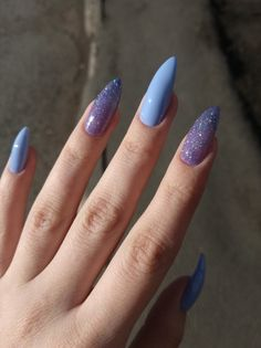 In look for some nail designs and some ideas for your nails? Here is our list of must-try coffin acrylic nails for cool women. Best Acrylic Nails, Acrylic Nail Designs, Aycrlic Nails, Hair And Nails, Glitter Nails, Stylish Nails, Trendy Nails, Fire Nails, Dream Nails