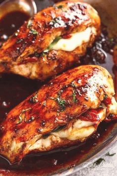 #Dinner #ideas #with #chicken #auf #die 19 unfassbar leckere RezeptIdeen die alle auf Hähnchenbrust basierenbrp classfirstletterPlease scroll down we have further content on our web page about hhnchenbrustpA quality piece can tell you many things You can find the utmost charmingly photograph that can be presented on auf in this accountWhen you look at our control panel there are the impressions you like the ultimate with the maximum 757 That photo that will affect you should also provide… Poulet Caprese, Caprese Chicken, Balsamic Chicken Recipes, Breast Recipe, Stuffed Whole Chicken, Stuffed Chicken Thighs, Stuffed Chicken Recipes, Recipe Chicken, Butter Chicken