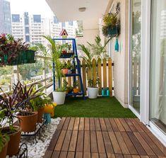 By studio earthbox apartment porch, apartment balcony decorating, apartment Small Balcony Decor, Small Balcony Garden, Small Balcony Design, Small Terrace, Terrace Design, Terrace Garden, Balcony Ideas, Veranda Design, Garden Floor