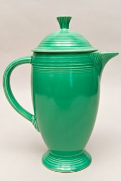 Fiesta Vintage Original Green Coffee Pot: Fiestaware Pottery.