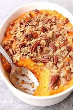 The Best Easy Sweet Potato Casserole Recipe – classic Thanksgiving holiday side dish made easy!crunchycreamy… The Best Easy Sweet Potato Casserole Recipe – classic Thanksgiving holiday side dish made easy! Cranberry Recipes Thanksgiving, Traditional Thanksgiving Recipes, Thanksgiving Holiday, Thanksgiving Casserole, Thanksgiving Sweet Potato Recipes, Thanksgiving Cupcakes, Holiday Dinner, Thanksgiving Decorations, Holiday Side Dishes
